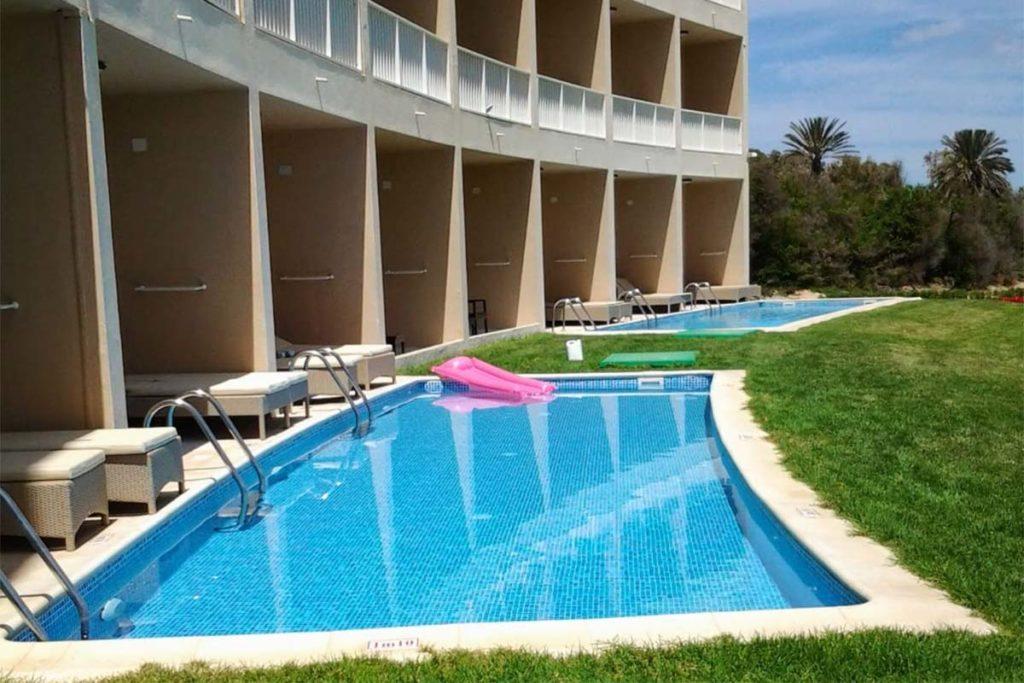 Proyectos Graf en piscinas de poliéster